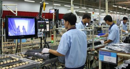 """Cuộc đua khốc liệt thành """"vệ tinh"""" cho Samsung Việt Nam"""