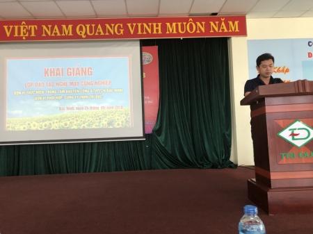 Khai giảng lớp học nghề may công nghiệp tại huyện Thuận Thành